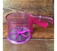 Сито-кружка 250 г пластик Розовая